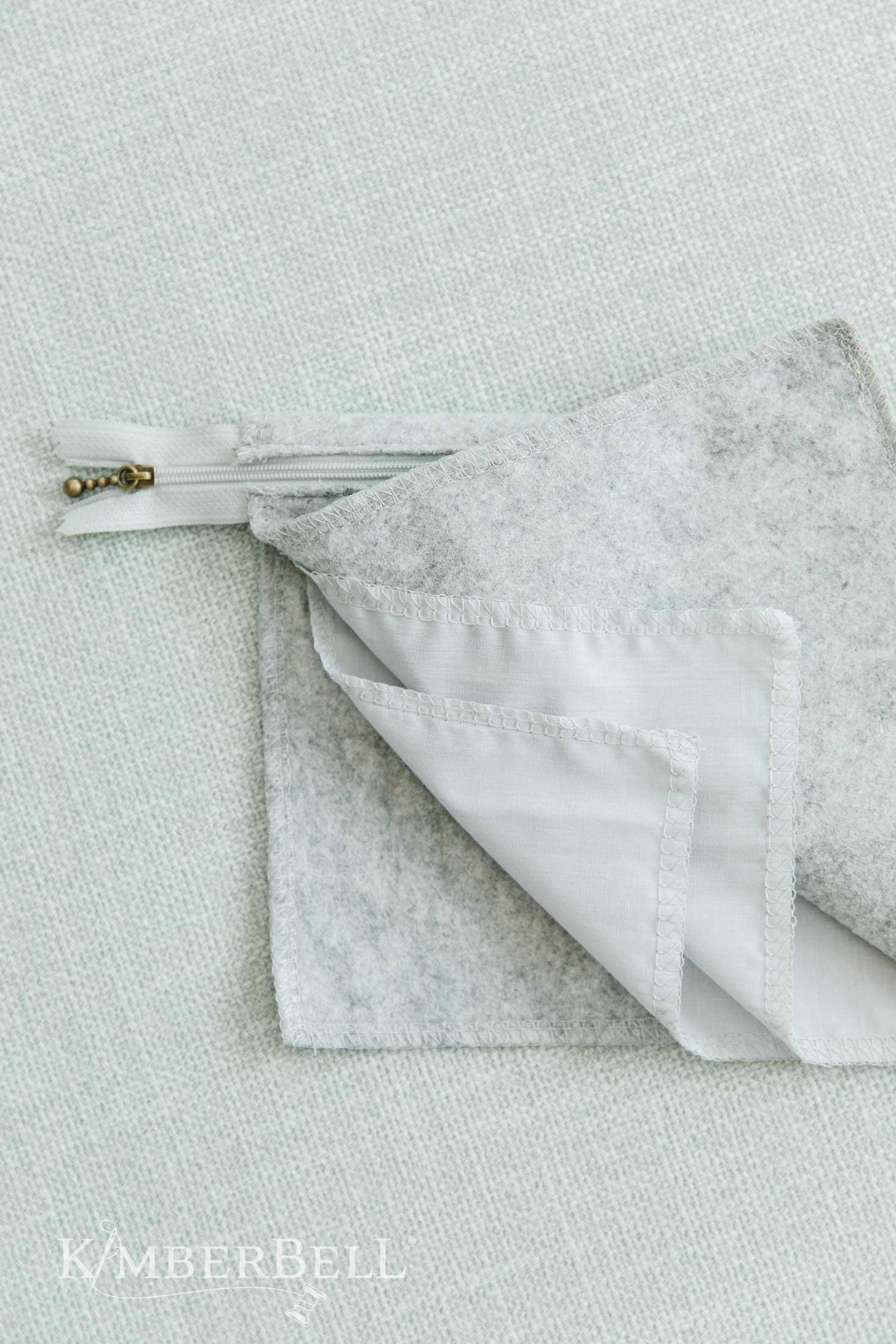 Zipper-Pouch-Blank-5-1.jpg