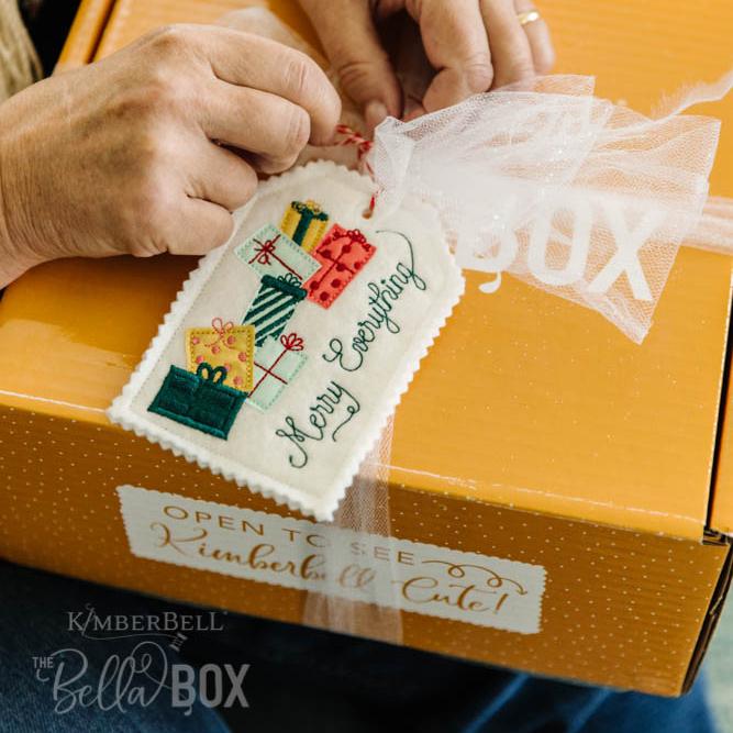 KDBB105-handmade-holiday-bella-box-webres-268