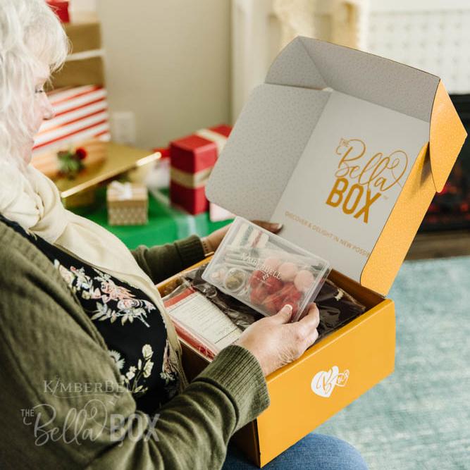 KDBB105-handmade-holiday-bella-box-webres-327